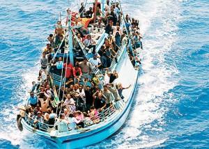 Barcone-migranti-300x214