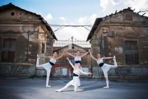 Presentato il calendario Rivela 2015 di Orange Town, la bellezza salverà Ribera?