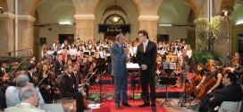 I Sindaci del territorio agrigentino cantano… per dire NO alla chiusura del Toscanini