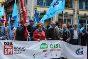 """Un momento della manifestazione """"Sicilia in lotta"""" svoltasi a Palermo lo scorso 7 maggio"""