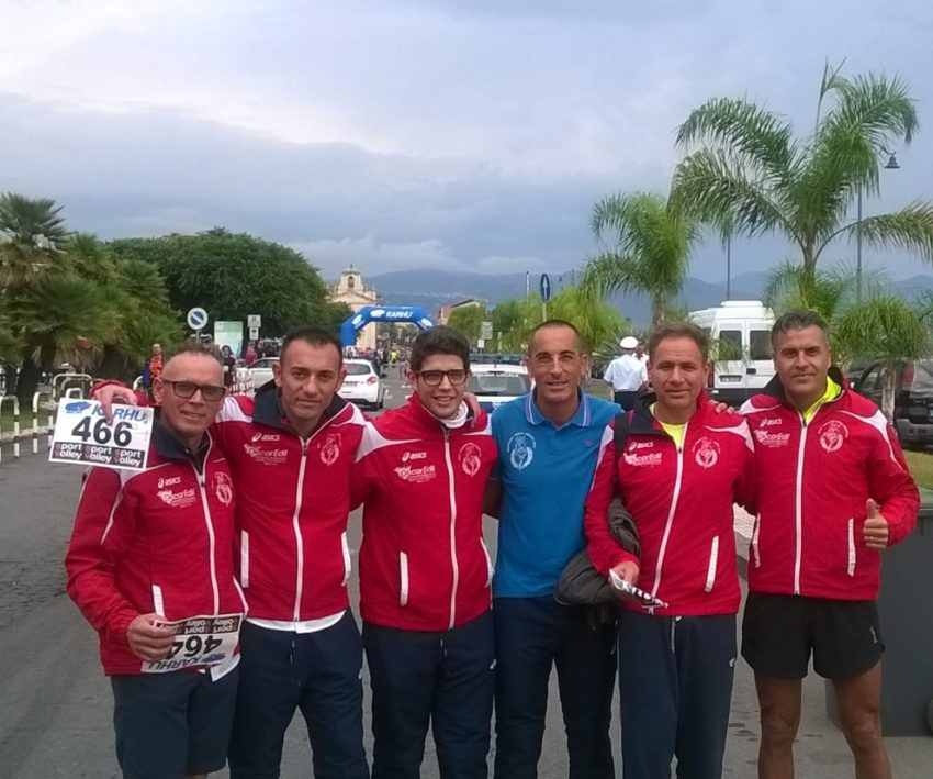 Prima della partenza, da sinistra: Giuseppe Ciancimino, Vincenzo Galletta, Giuseppe Infantino, Pietro Giardina, Pietro Cocchiara, Giuseppe Licata.